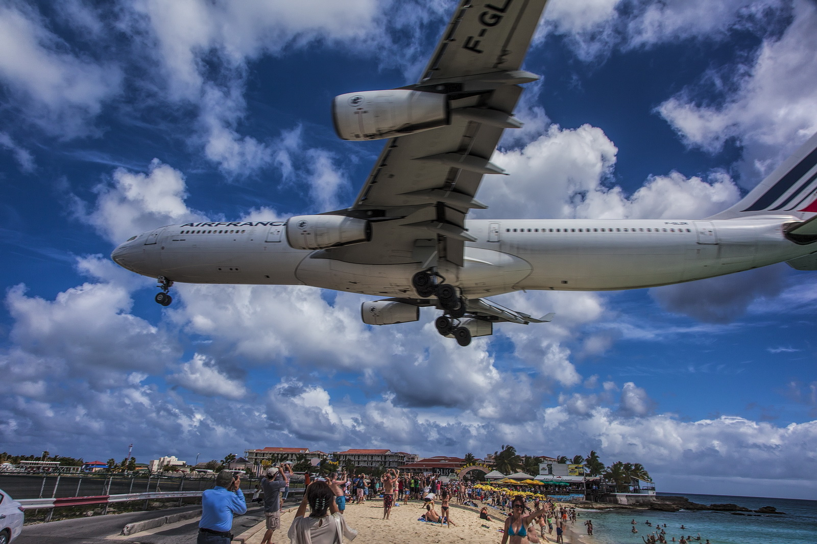 St. Maarten, May 15, 2014 –Maho Beach & The Greenhouse